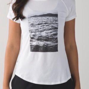RARE Lululemon Size 4 T-Shirt/Top, Ocean LA